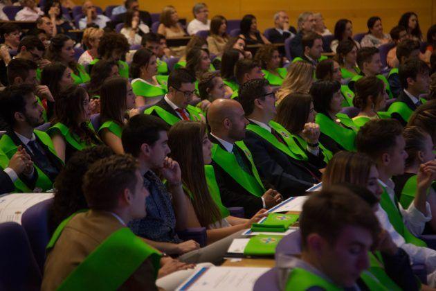 Alumnos durante el Acto de Graduación